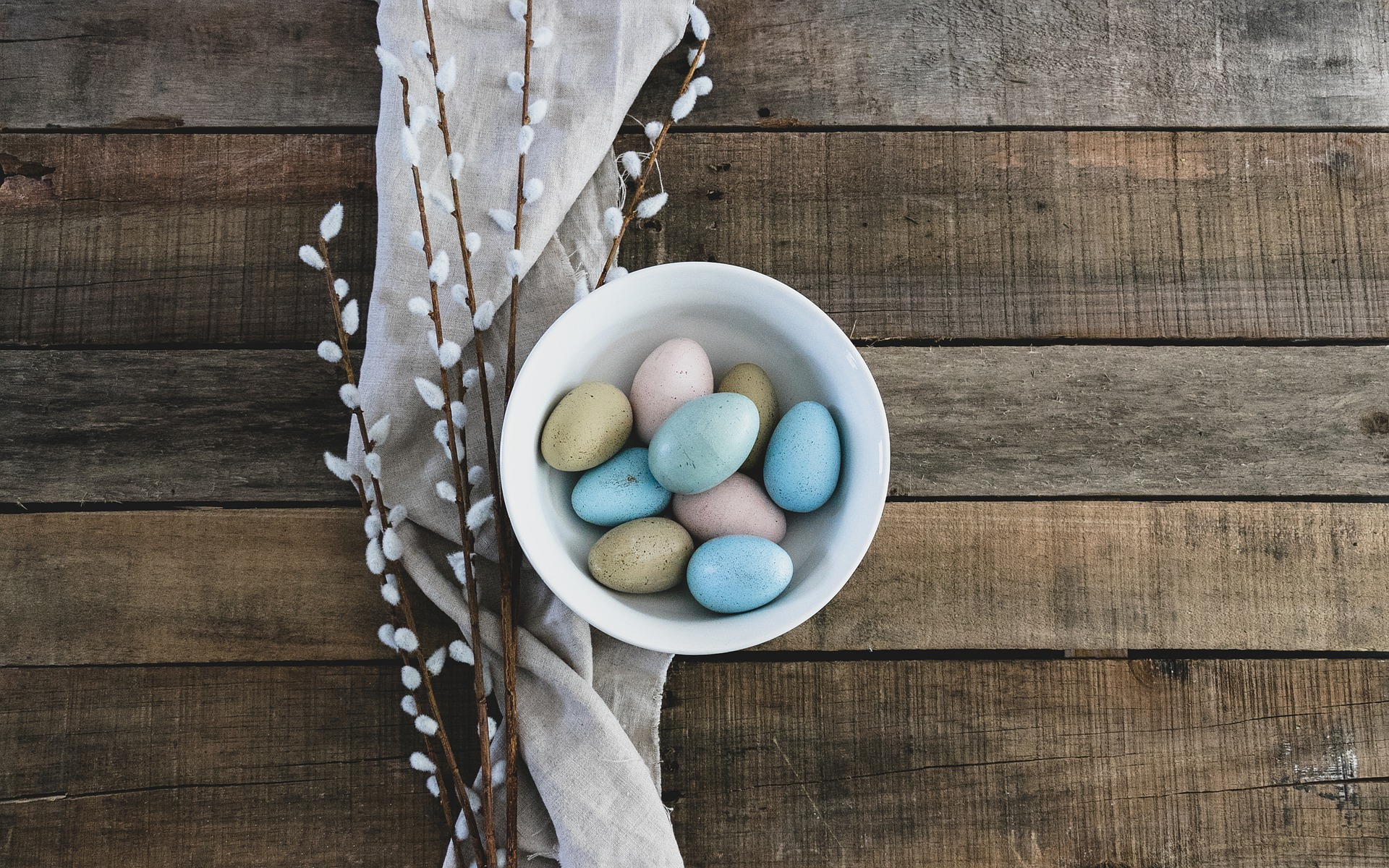organise an easter day hunt